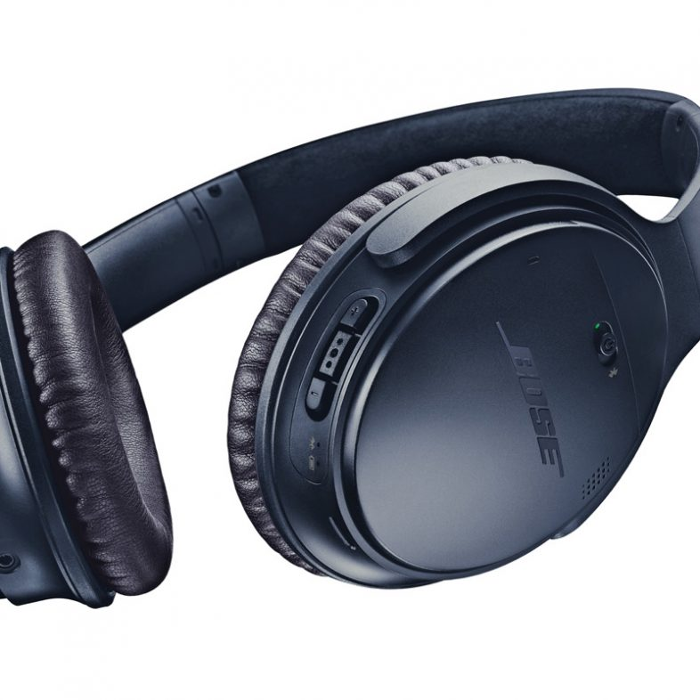 Bose quietcomfort 35 nedefra i midnight blue