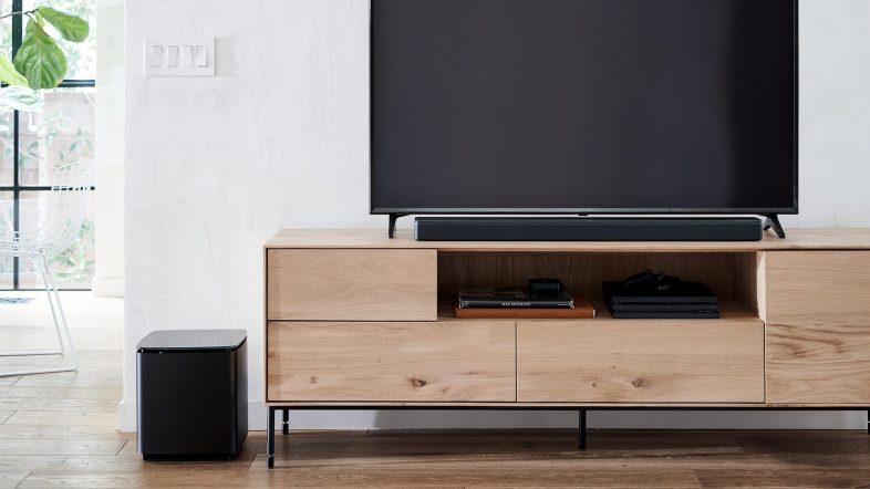 Bose soundbar 700 lifestyle tilsluttet til fjernsyn