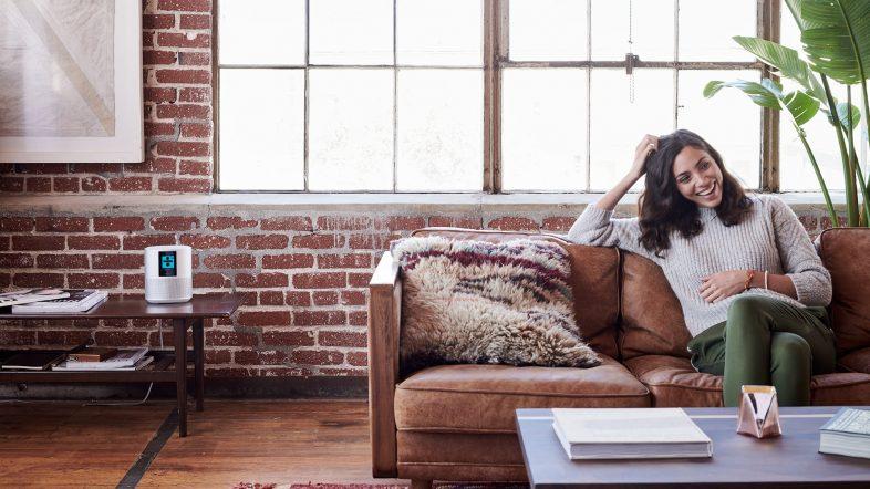 Bose home speaker 500 i baggrunden lifestyle