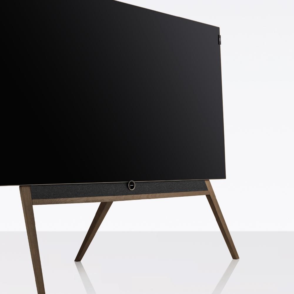 Flot gulvstand på et Loewe bild 5 skærm